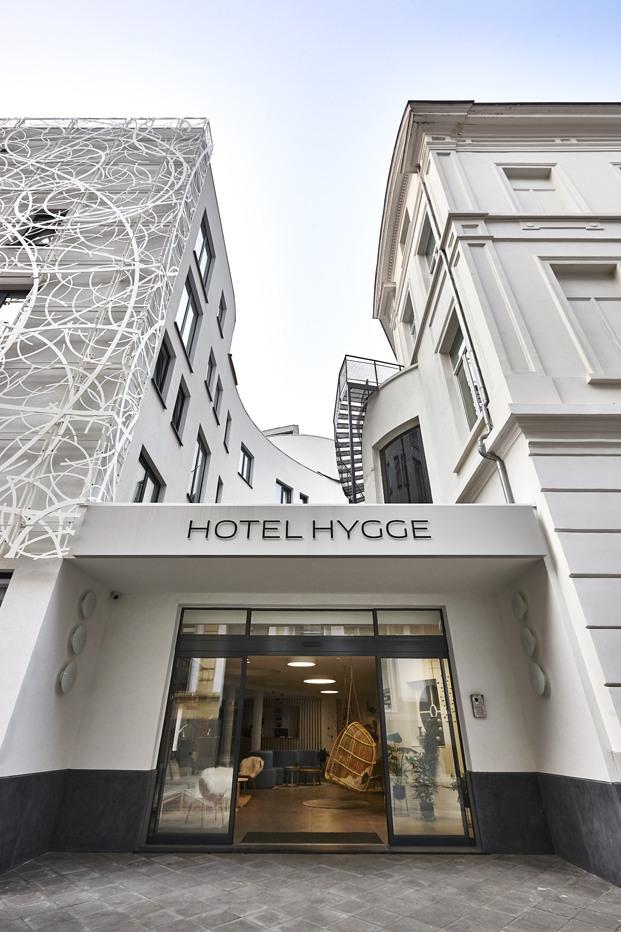 Hygge Hotel en Bruselas interiorismo de michel Penneman entrada diariodesign