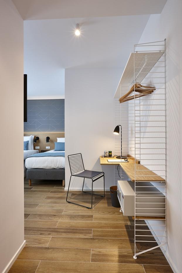 Hygge Hotel en Bruselas interiorismo de michel Penneman string estanteria diariodesign