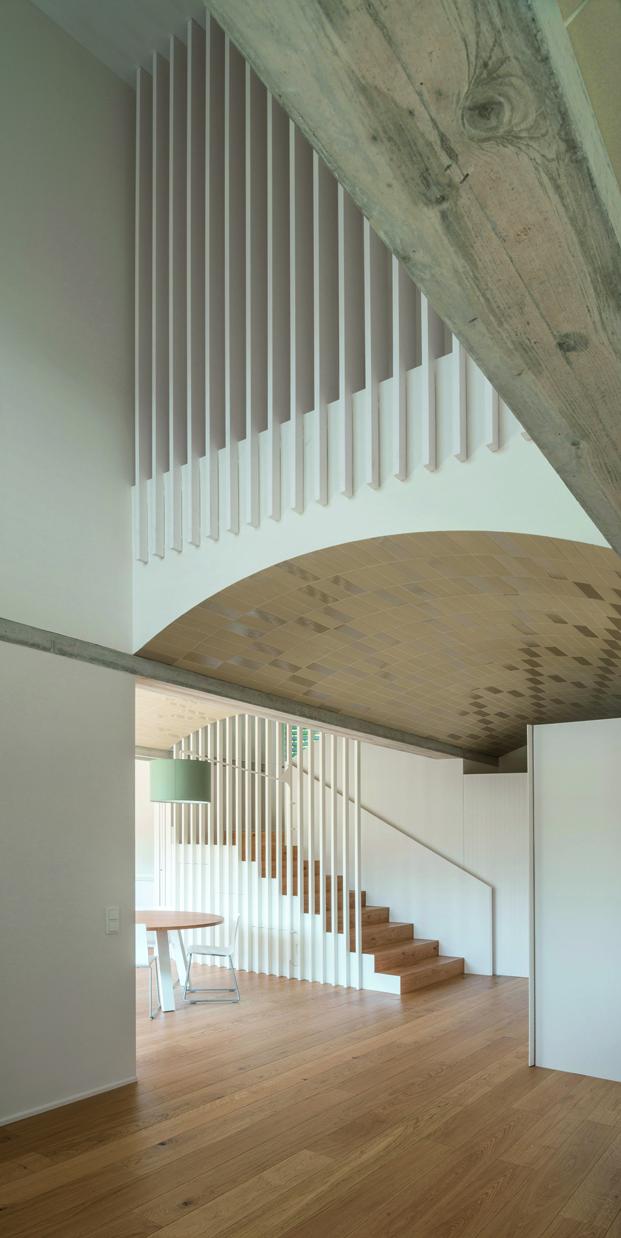 La Casa Cáscara de Marunys de unparell arquitectes escalera diariodesign