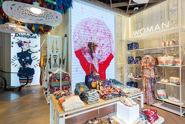 anewdesigual diseno nuevas tiendas desigual diariodesign