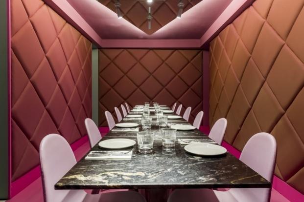 hotel axel madrid comedor rosa diariodesign