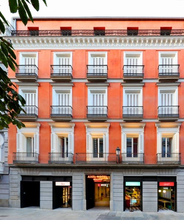 hotel axel madrid el equipo creativo fachada diariodesign