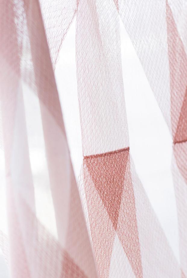 cortinas Chainette kvadrat de ronan y erwan bouroullec geometría luz color diariodesign
