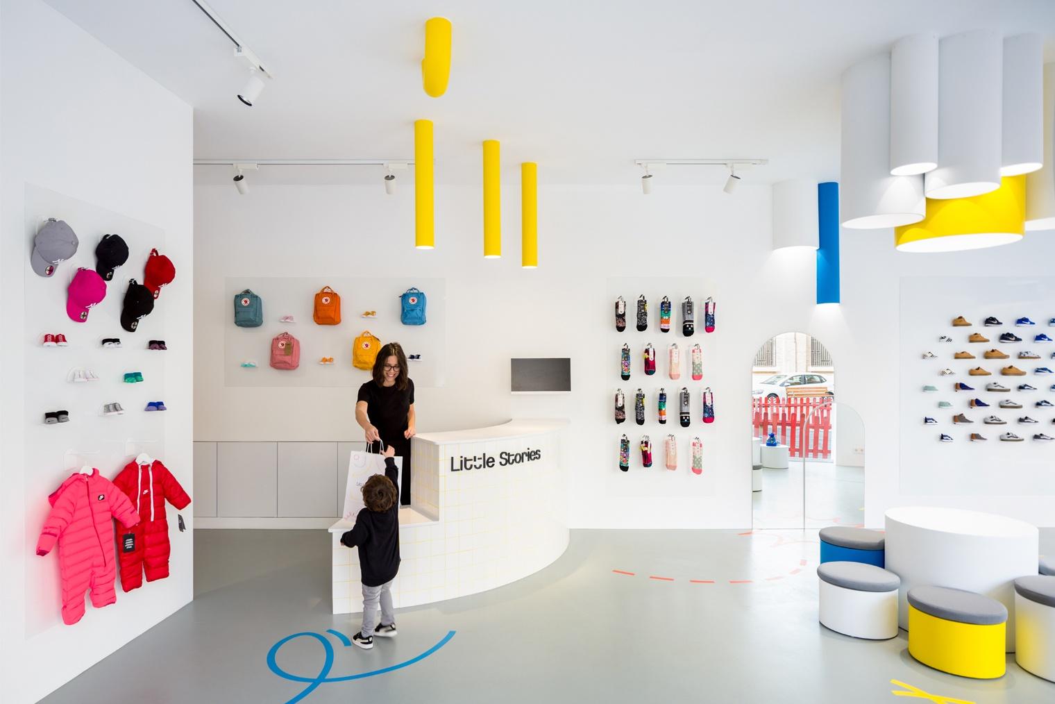 Clap studio dise a la concept store para ni os little stories en valencia - Disena studio ...