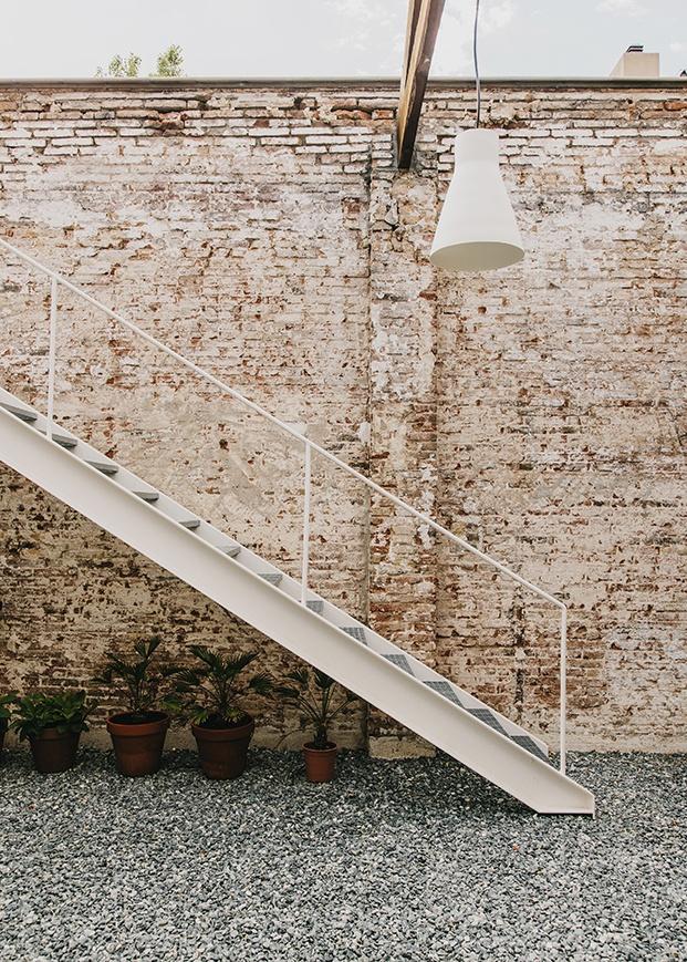 pasaje montoya espacio coworking y eventos en barcelona escalera diariodesign