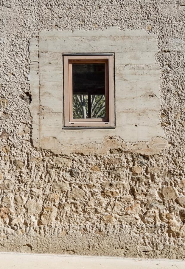 1413 harquitectes casa ullastret adria goula ventana