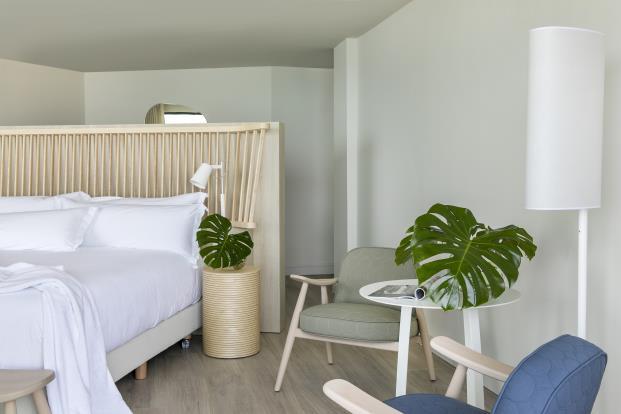 ME-Sitges-Tragamar-Hotel-Lagranja-diarioDESIGN-habitaciones