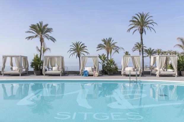 ME-Sitges-Tragamar-Hotel-Lagranja-diarioDESIGN-BESO