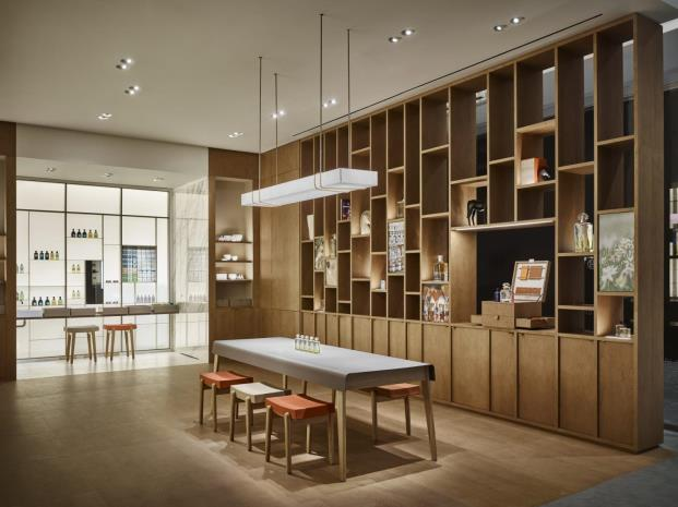 Ramy-Fischler-Diseñador-2018-MO-diarioDESIGN-Hermes-Parfums-NYC
