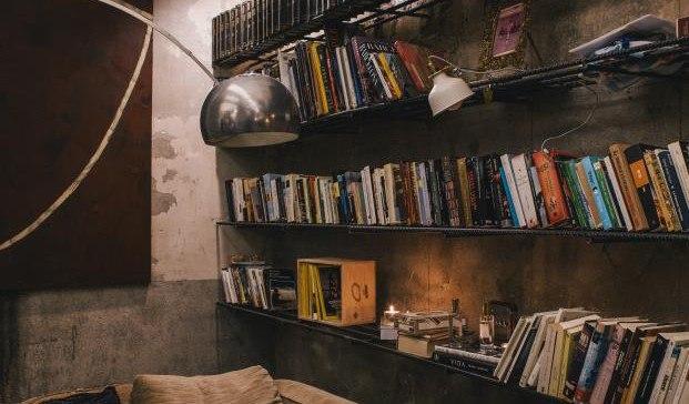 estanteria-hierro-libros-diariodesign