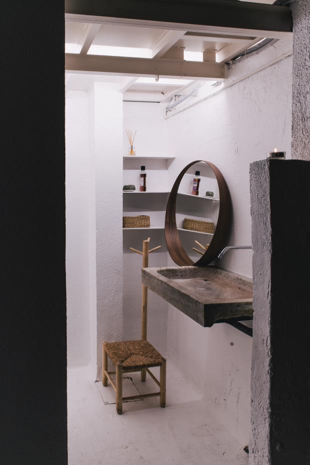 baño-piedra-hormigon-diariodesign