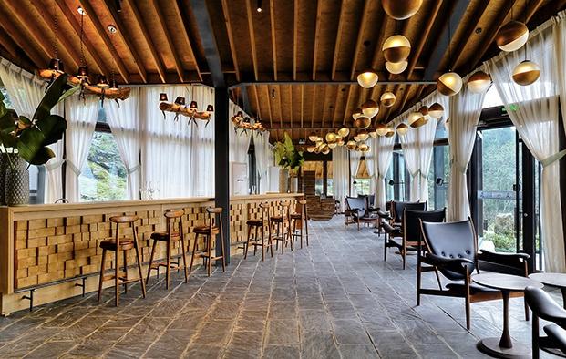 hotel en china Three Gorges RV Park retaurante diariodesign
