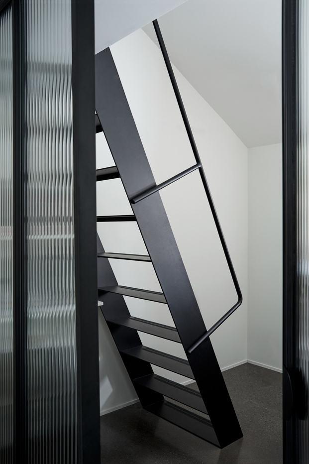 escalera casa quebec atelier barda diariodesign
