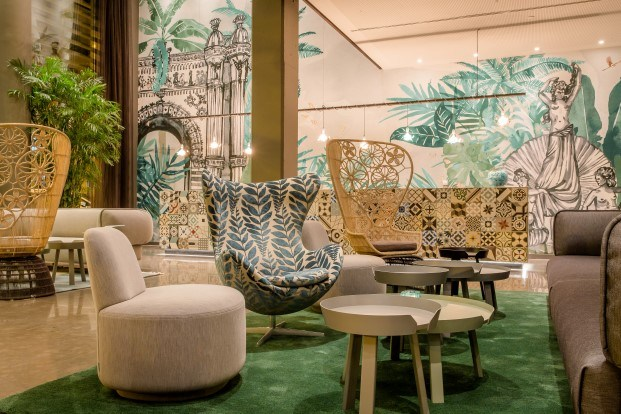 motel one inspirado en la ciutadella de barcelona diariodesign