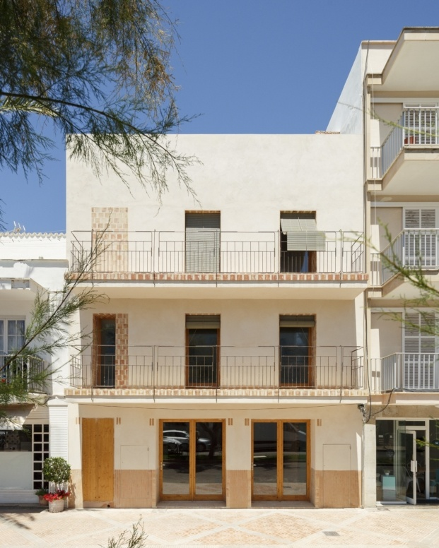 ted a arquitectes can picafort premios fad 2018 diariodesign fachada calle