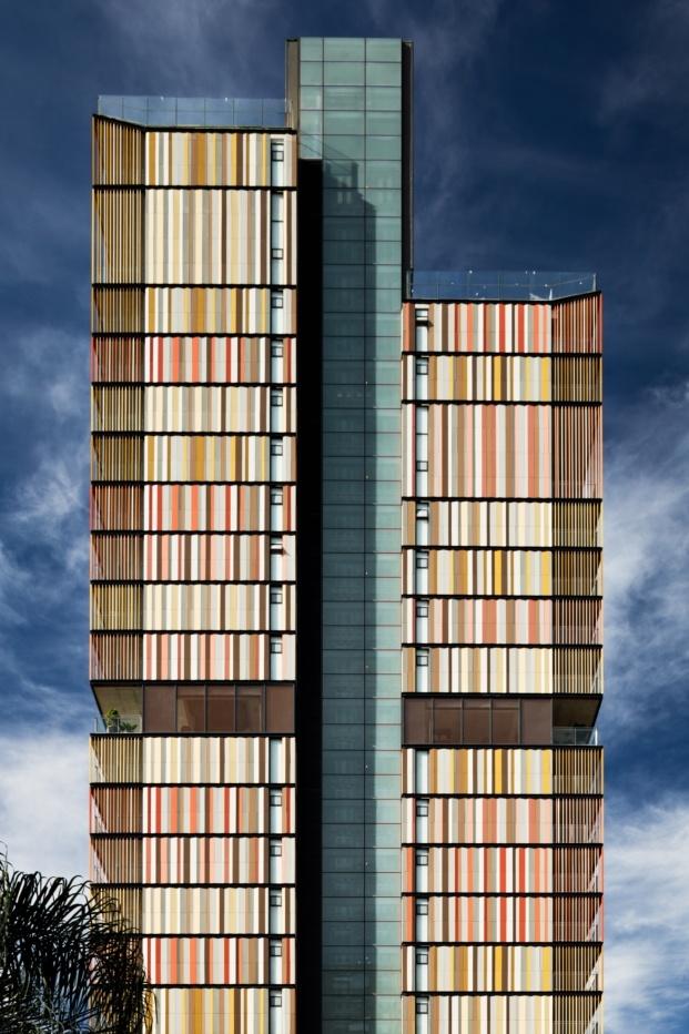 torre forma itaim b720 fermin vazquez diariodesign nelson kon fachada