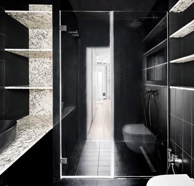 apartamento blanco y negro baño diariodesign