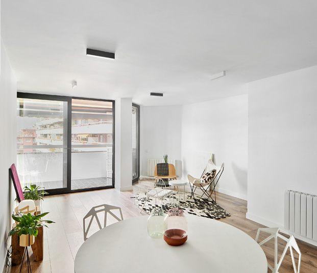apartamento blanco y negro salón blanco diariodesign