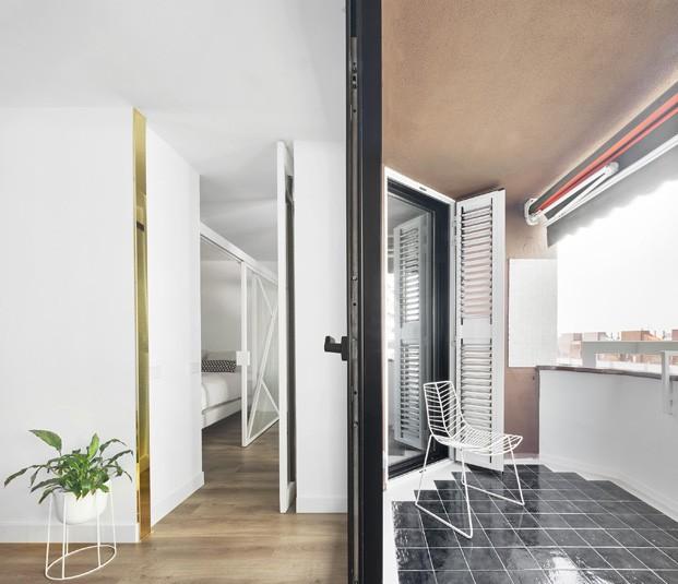 apartamento blanco y negro terraza diariodesign