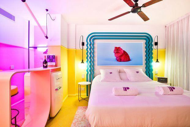 habitacion-kitsch-hotel-paradiso-ibiza-estilo-miami-art-deco-diariodesign