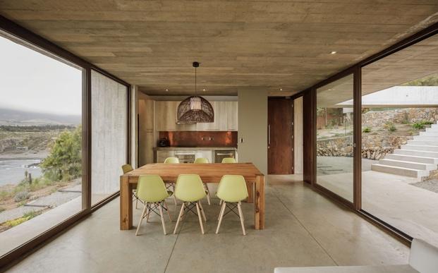comedor casa estética brutalista felipe assadi diariodesign