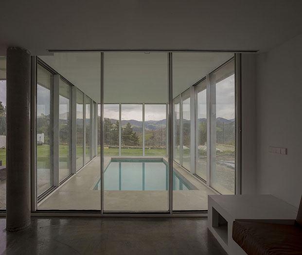 piscina casa en zumaia pura arquitectura diariodesign