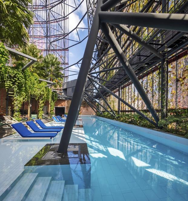hotel oasia singapur piscina diariodesign
