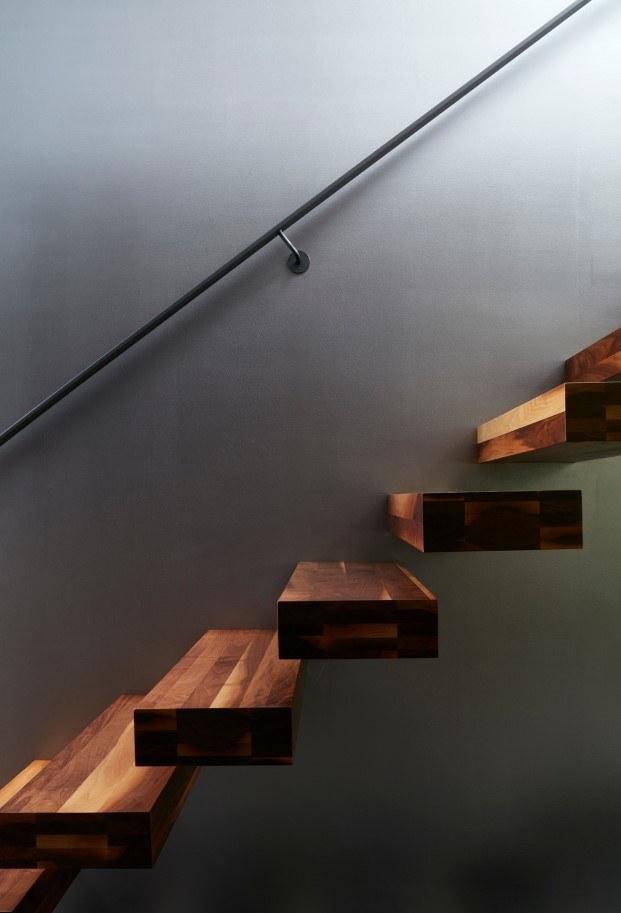 cabaña moderna en un lago del quebec detalle escalera diariodesign