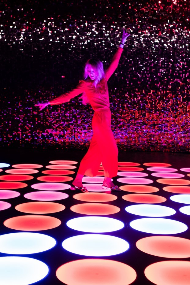 color factory this floor was made for dancing maybelline diariodesign