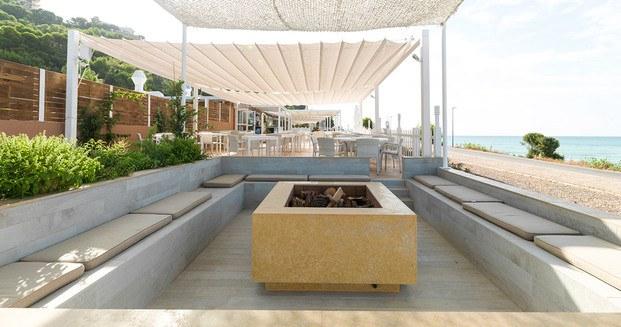terraza hotel parquet par-ker porcelanosa diariodesign