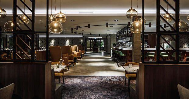 interior restaurante con suela parquet par-ker diariodesign