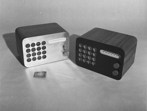 eames radio diseño original años 50 diariodesign