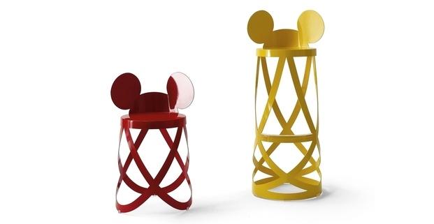 Taburete rojo amarillo orejas Mickey Mouse Nendo Capellini diariodesign