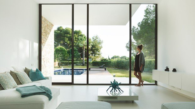 ventanas de aluminio en la casa el portet de ramon esteve en moraira diariodesign