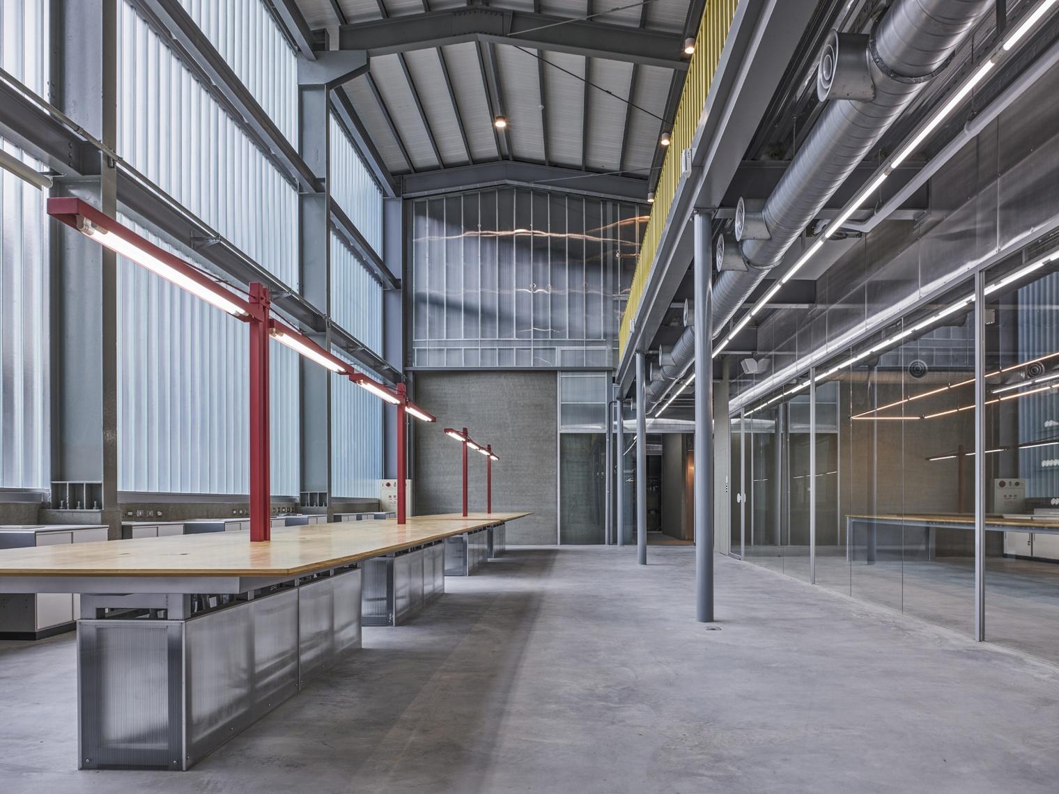 Rehabilitaci n de oficinas el agua se hace arquitectura for Oficinas enterprise