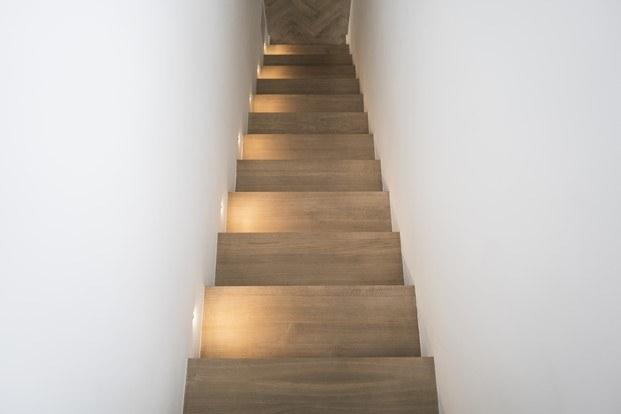 tragaluces escalera casa norm architects poul henningsen diariodesign