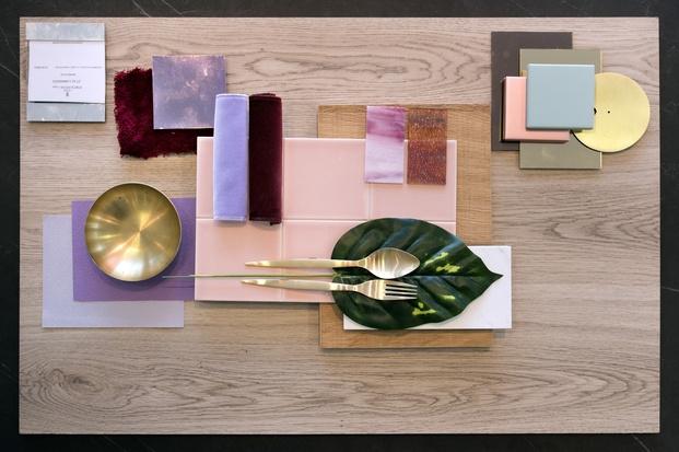 moodboard tablero inspiración materiales cerámica madera lila granate rosa