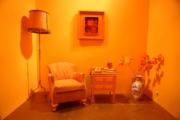 habitación naranja colorama barcelona diariodesign