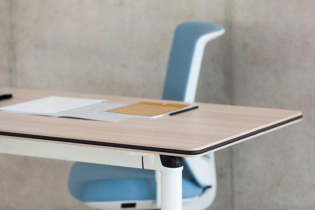 Detalle mesa oficina esquina ACTIU diariodesign