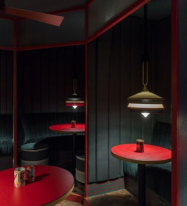 ambiente casual en el bar pirana en balham londres diariodesign