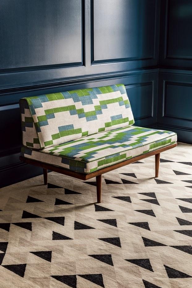 temple diseños de anni albers sofá verde y alfombra christopher farr diariodesign