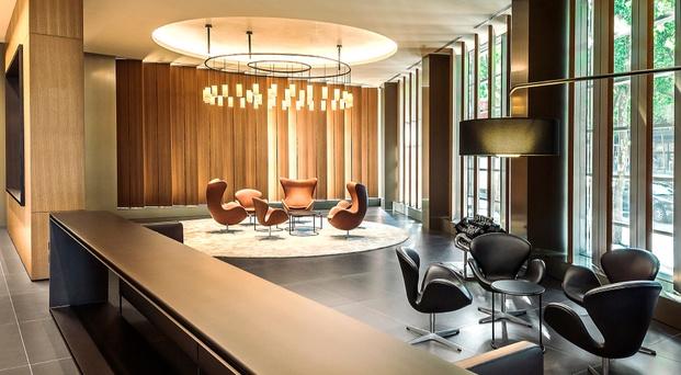 sala de reuniones con sofas de diseño diariodesign
