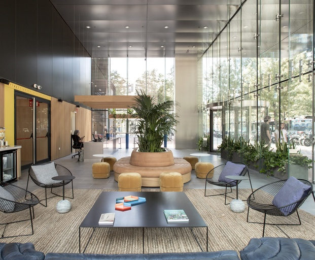 recepción Lobby entrance WeWork Glories Barcelona diariodesign