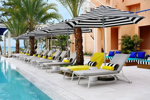 zona piscina hotel tropical salt of palmar diariodesign