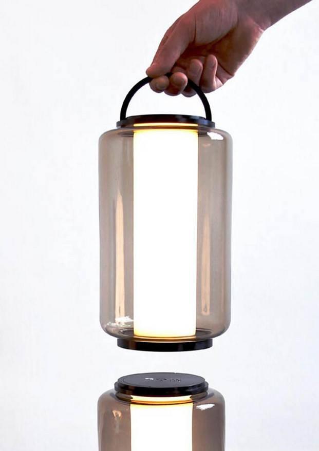 baschnja lámpara portátil led premio talento joven