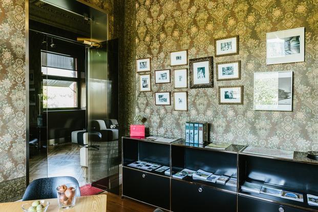 Mobiliario USM en hotel boutique Villa Clementina navarra - diariodesign