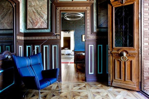 Interior salón hotel Villa Clementina navarra - diariodesign