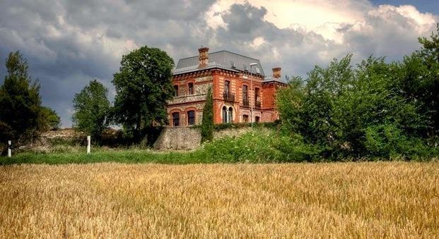 Casa de indianos Villa Clementina navarra - diariodesign
