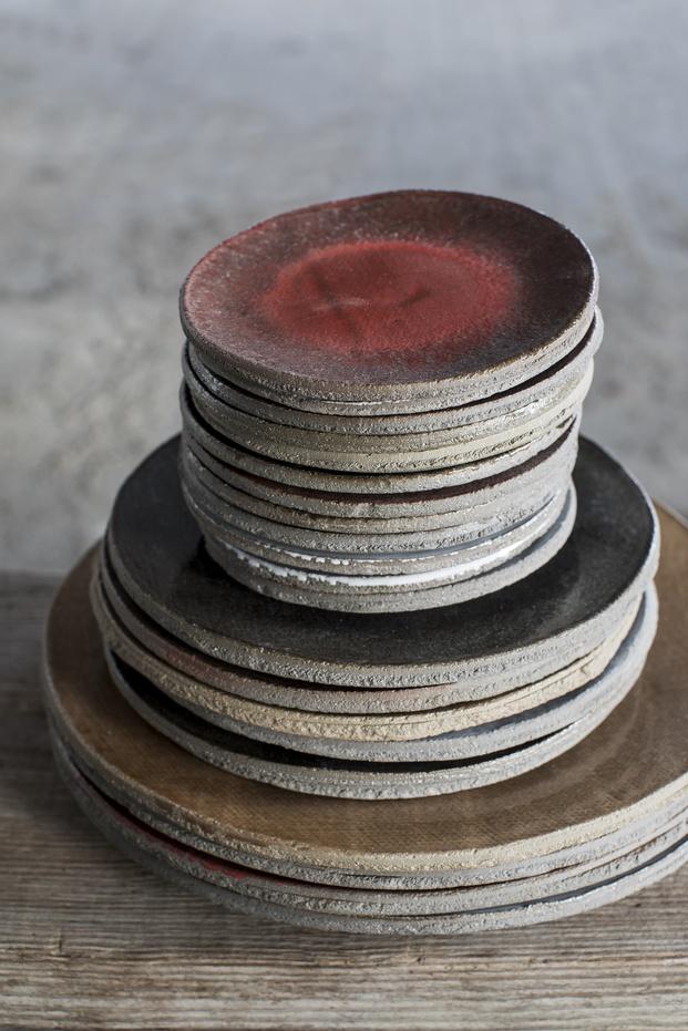 Serax platos de barro - diariodesign