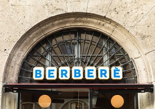 berberè letrero clásico restaurante en milán diariodesign